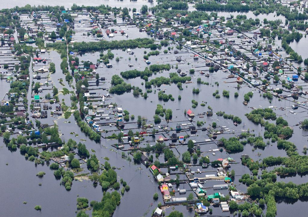 terrenos y casas inundadas