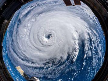 Diferencia entre ciclón subtropical y tropical