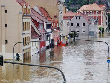 Hochwasser in Süddeutschland- bis 200 Liter Regen!