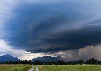La settimana inizia con temporali sull'Italia