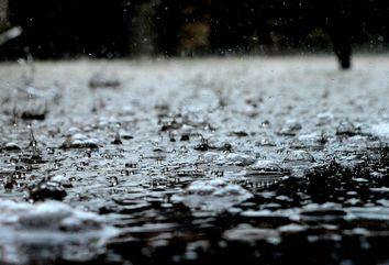 Nova frente fria chega ao Sul e chuvas não dão trégua no Centro-Oeste