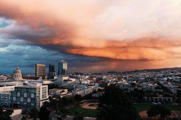 Qu'est-ce qu'un orage stationnaire ?