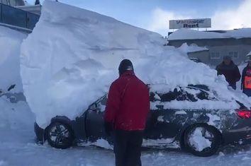 Schnee-chaos: caos gerado pela neve na Áustria e Alemanha