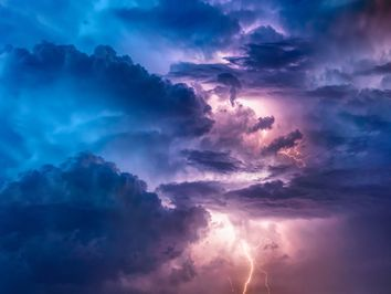 What fuels thunderstorms in the UK?