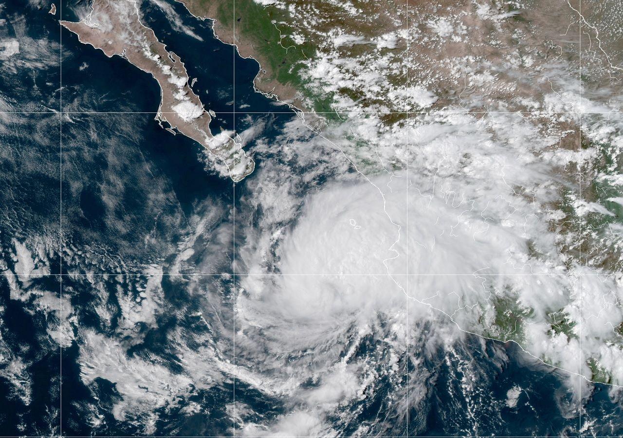 Tormenta Olaf amenaza Baja California Sur
