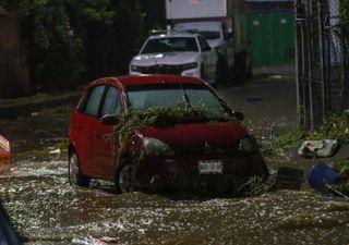 Tormenta ocasiona inundaciones en Ecatepec, Estado de México