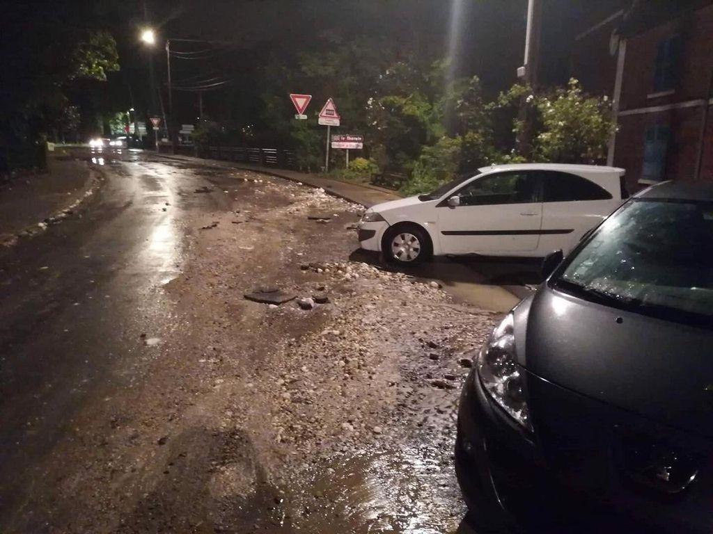 Les stigmates après le passage de l'orage à Beauvais témoignent de la violence des pluies et des inondations (photo Météo Nord Parisien)