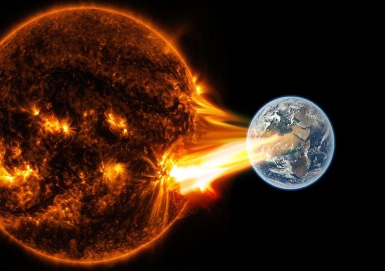 Fuerte tormenta solar golpea la Tierra