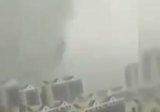 Una decina di tornado devastano la Cina orientale: i video
