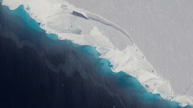 Una Enorme Cavidad Confirma La Desintegración Del Glaciar Thwaites