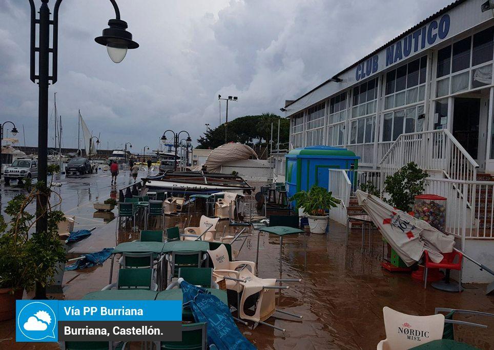 Una manga marina barre el puerto de burriana - Puerto burriana ...