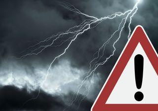 Unwetterwarnung: Heute heftige Gewitter, morgen Starkregen und Schnee!