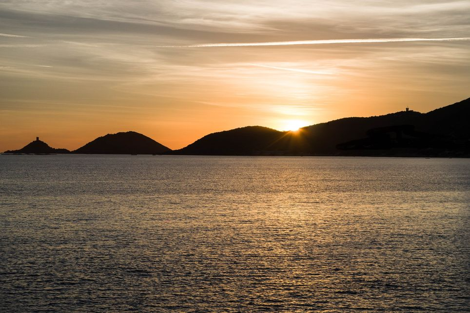 En Corse, avec l'aide du sirocco, une nouvelle hausse des températures est attendue vendredi avec localement jusqu'à 38°C.
