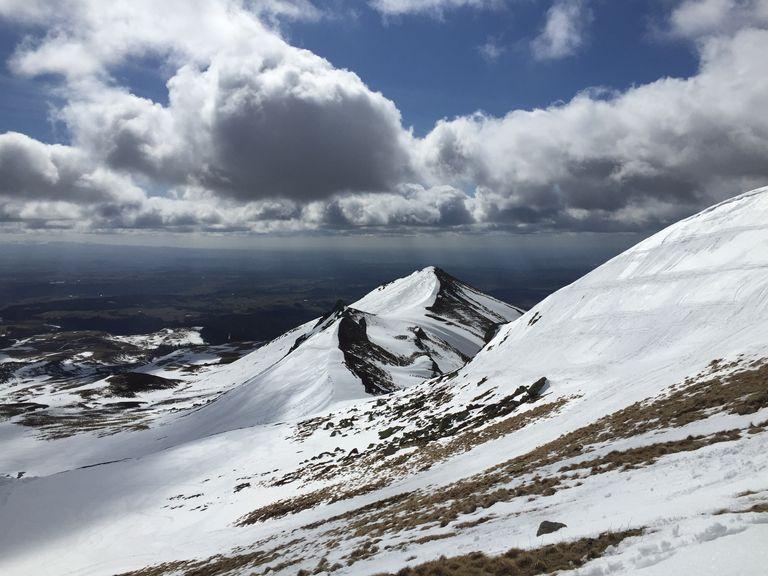Les premières neiges en montagne, les premières gelées en plaine... Une vague de froid est-elle possible en octobre ?