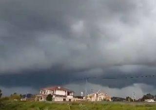 Ventania e trovoada provocam estragos no Norte de Portugal