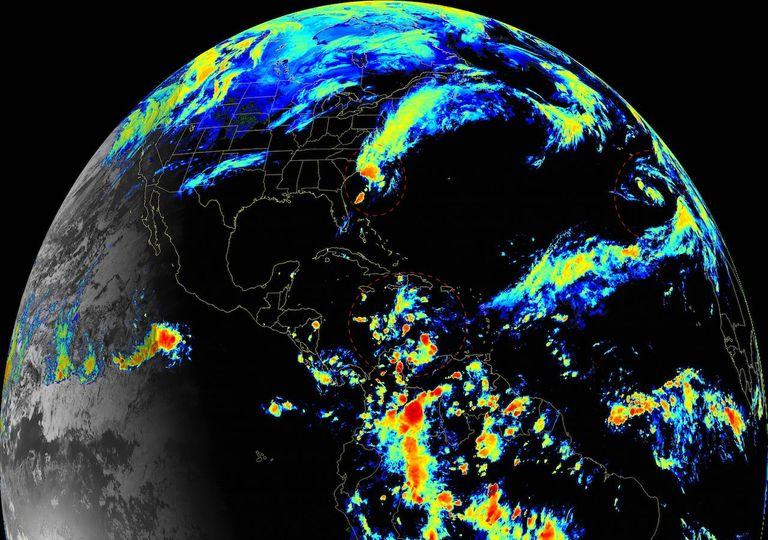 Vigilancia Tropical Etha y Theta