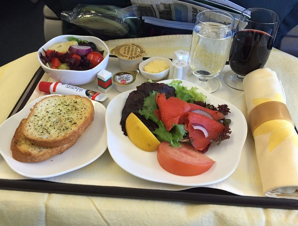Comida a bordo de un avión