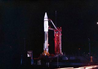 Vuelve a la Tierra un cohete de 1966
