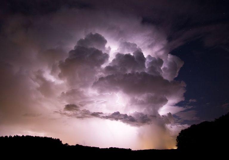 Unwetterwarnungen in Kritik