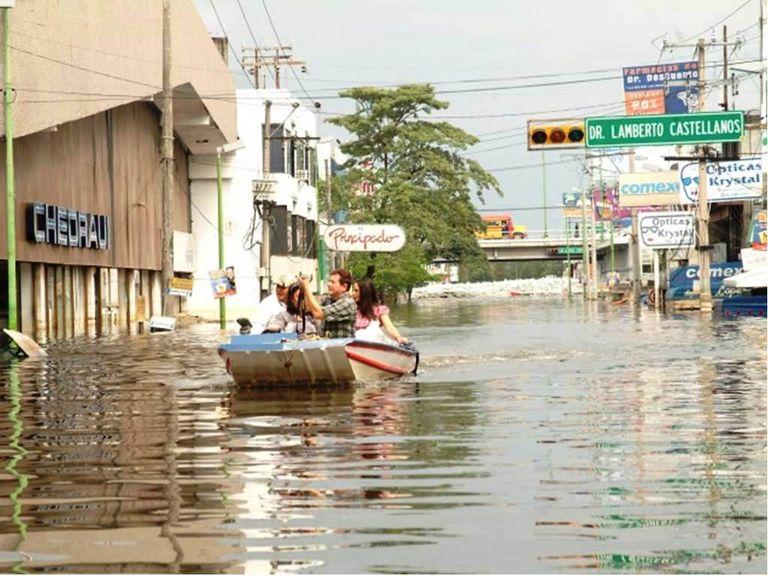 Del 28 de octubre al 1 de noviembre de 2007 se acumularon 1163.7 mm en Tabasco. Fotografía: Gobierno Federal