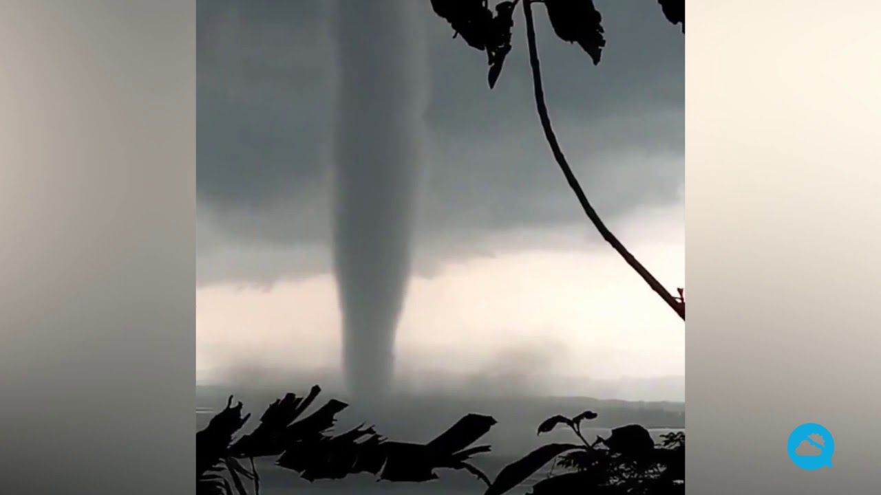 Espetacular tornado em Wonogiri, Indonésia
